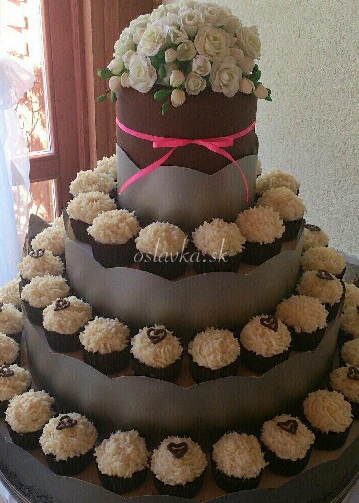 svadobná s muffinmi